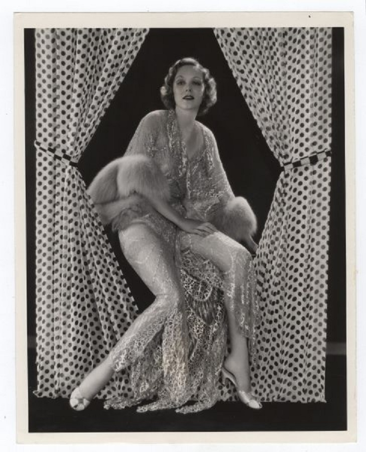 Claire Dodd Parachute Jumper 1933 Pin up