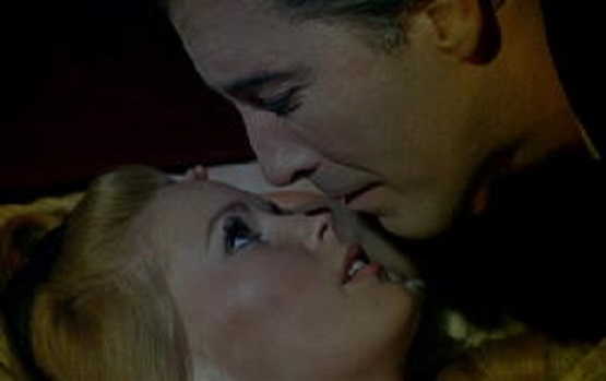 Stylish Halloween Films Dracula Has Risen from the Grave 2